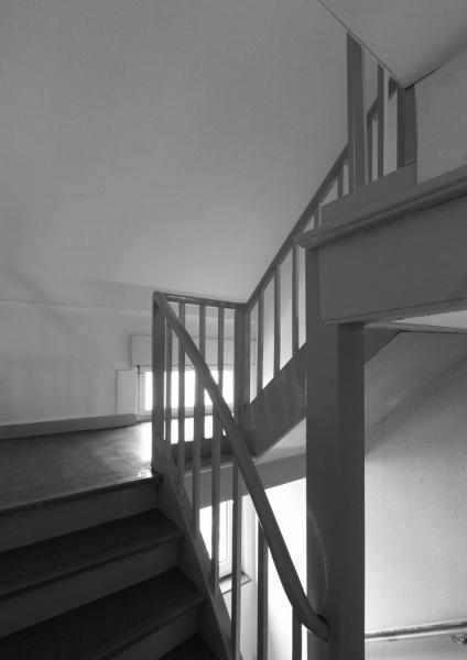 Treppenhaus vorher