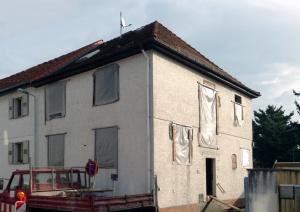 Baubeginn Sanierung Doppelhaushälfte