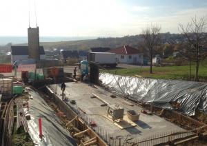 Fertigstellung der Bodenplatte beim Neubau in Essenheim